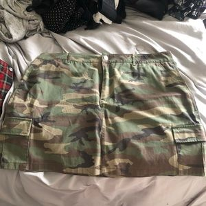 Plus size camp skirt 3x